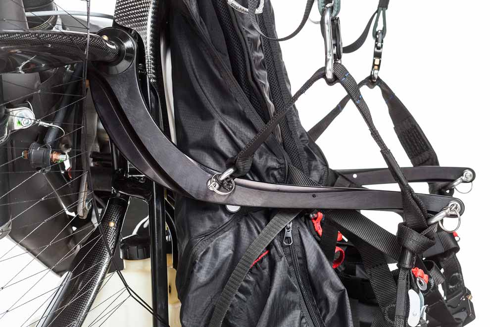 scout-paramotor-studio-high-key-detail-closeup-side-view-hybrid-bars-complete-660